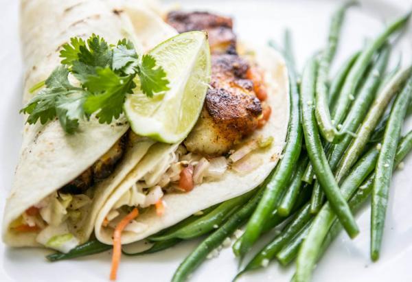 Best true charleston restaurants guide for Charleston harbor fish house